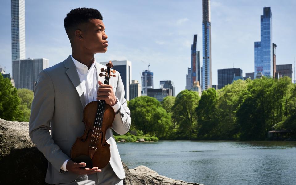 Violinist Randall Goosby